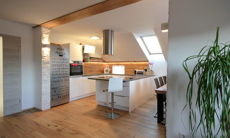 bela kuhinja po meri - klasična kuhinja (10)