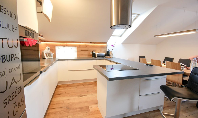 bela kuhinja po meri - klasična kuhinja (2)
