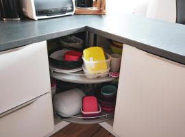 klasicna-kuhinja-funkcionalna-resitev-vrtiljak-4-web