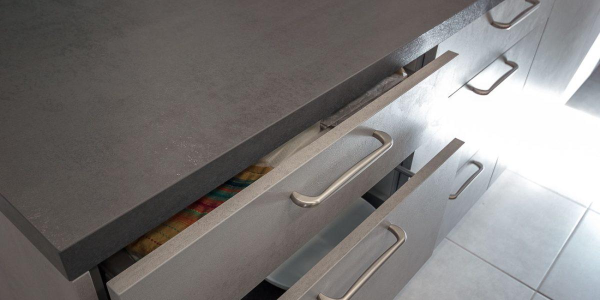 kuhinja po meri - industrijski slog beton (1)