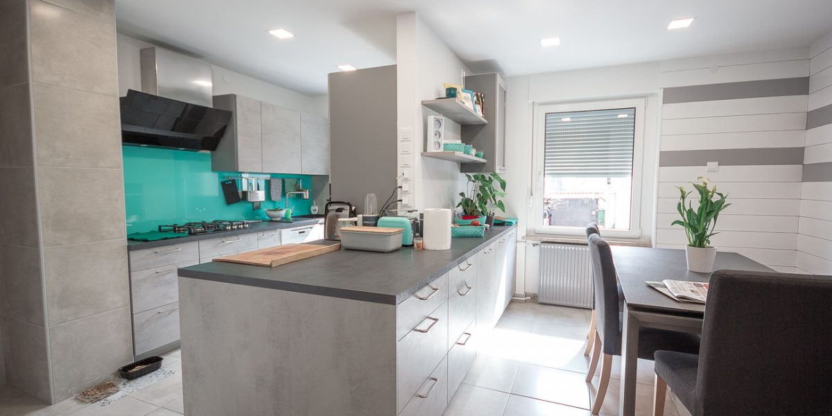 kuhinja - siva industrijski stil (2)
