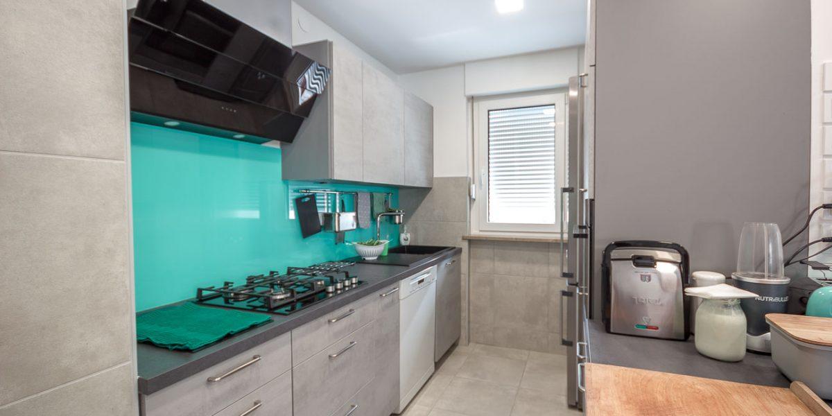 po meri stranke kuhinja siva beton (3)