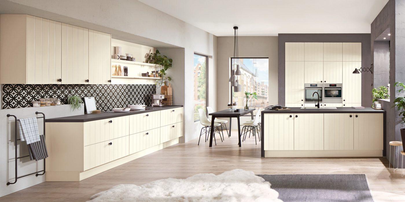 kuhinje rustikalne magnolija barva 424