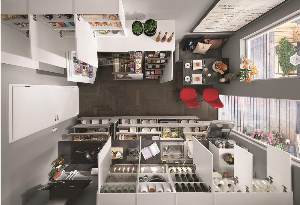 kuhinjske omare odprte