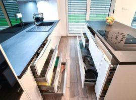 shranjevalni-prostor-v-kuhinji